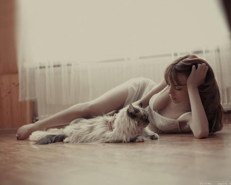 girl-cat-floor